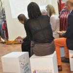 """Veranstaltungsformat """"Locker vom Hocker"""" mit den Akteuren vor Ort, hier das ansässige Modehaus Bruns (Foto: Susann Liepe)"""